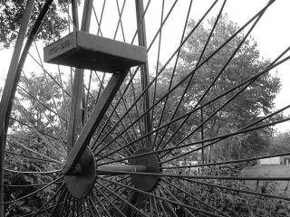 Bw-bicyclestatue